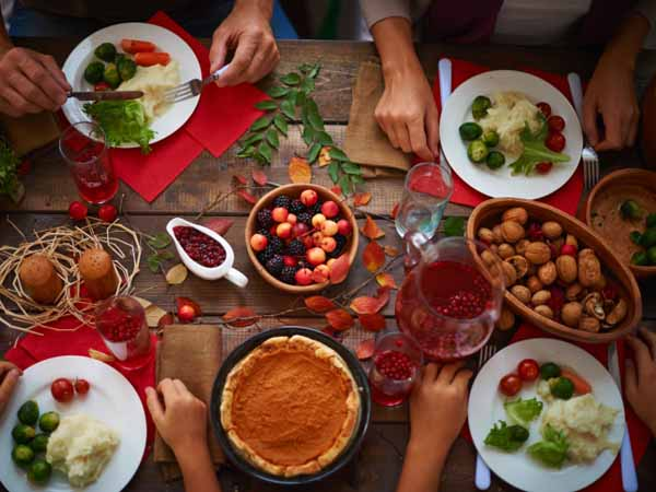 staymindfulwith4tipsforholidayeating
